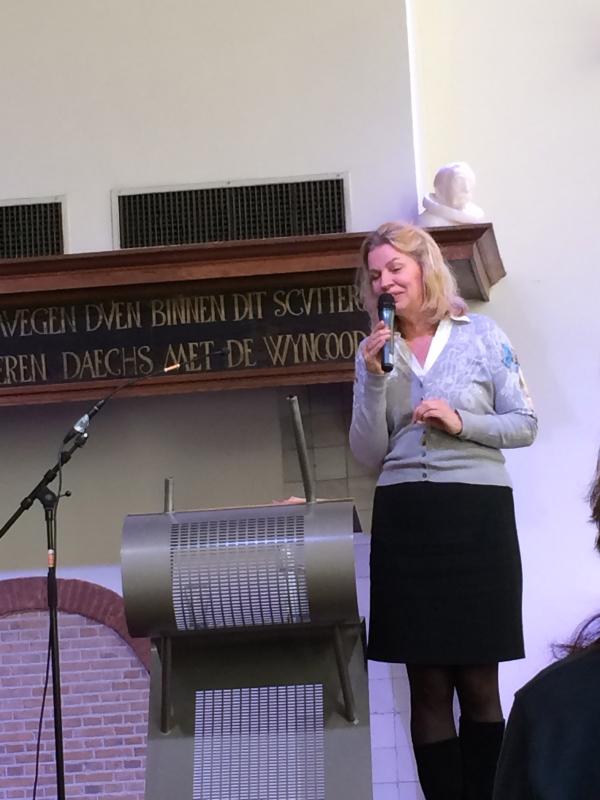 Annejet van der Zijl opowiada jak doszło do powstania książki.