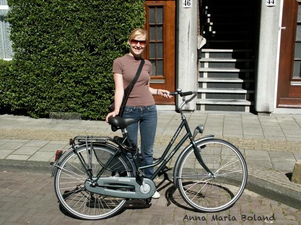 Voor ons huis in Amsterdam. 16-06-2005